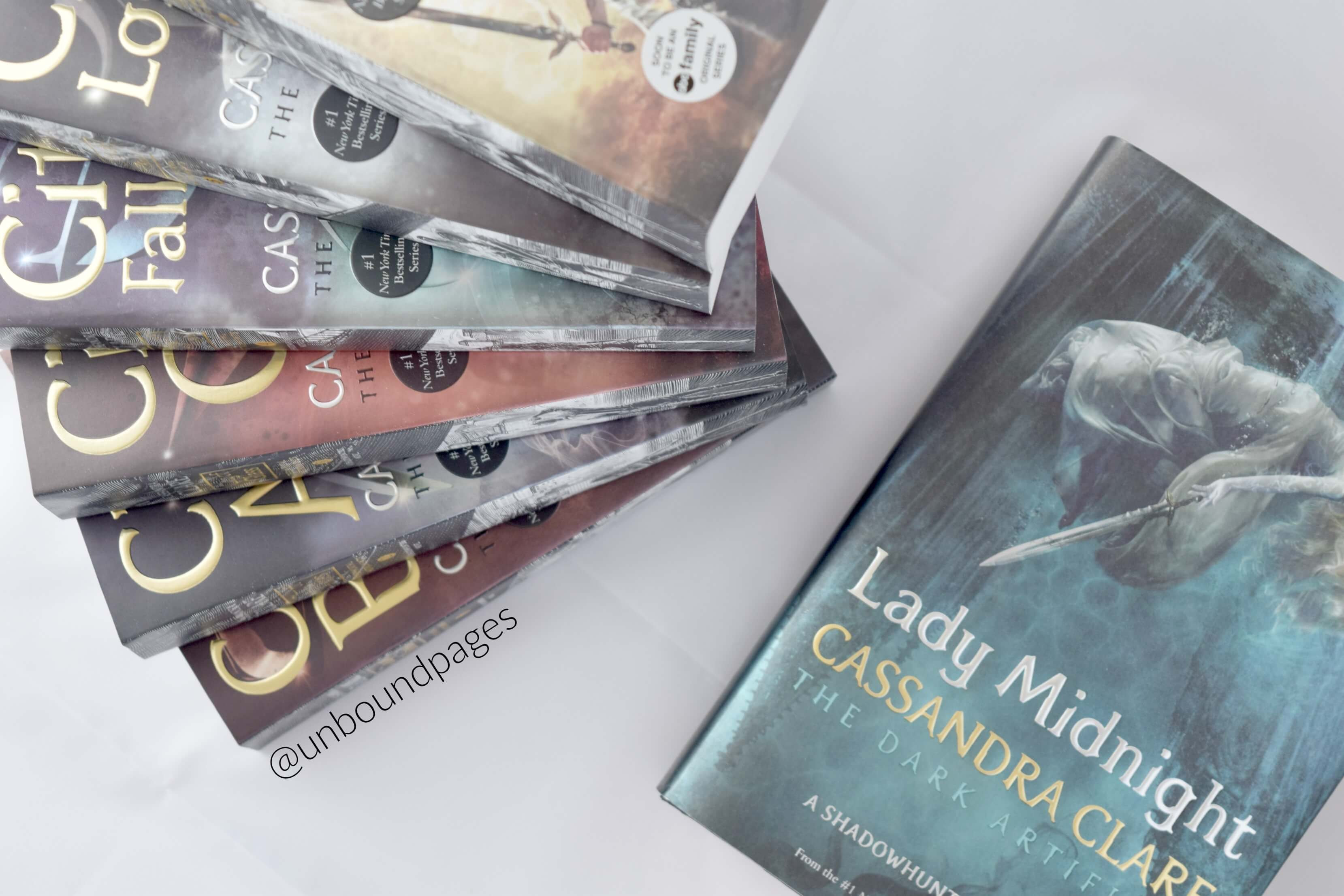 Lady Midnight - Books to Read in 2017 - unboundpages.com